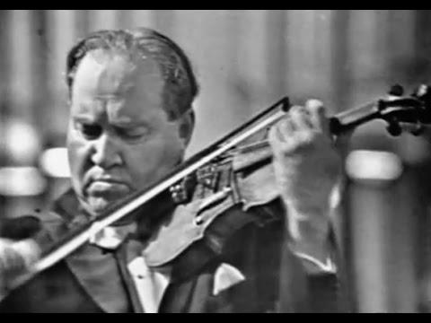 David Oistrakh plays Beethoven Violin Concerto - video 1959 best quality