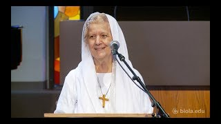 Mama Maggie Gobran: Light Overcomes Darkness [Missions Conference 2018] thumbnail
