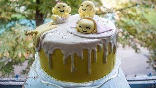 Декор торта творожным кремом и шоколадными подтеками