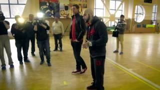Тимати и Роман Павлюченко встретились с молодыми футболистами