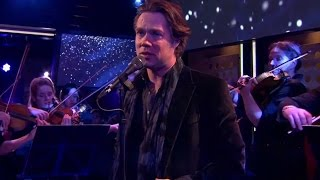 Rufus Wainwright en Amsterdam Sinfonietta - How Deep is the Ocean (minuut)
