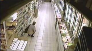 Женщина насрала в супермаркете !(, 2012-01-21T13:54:28.000Z)