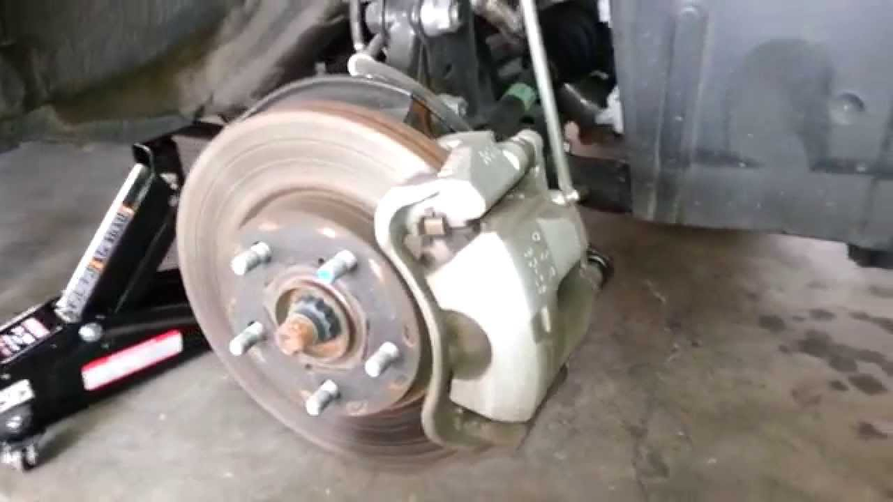 2017 Toyota Rav4 Suv Checking Front Brakes Rotor Caliper Bracket Pads