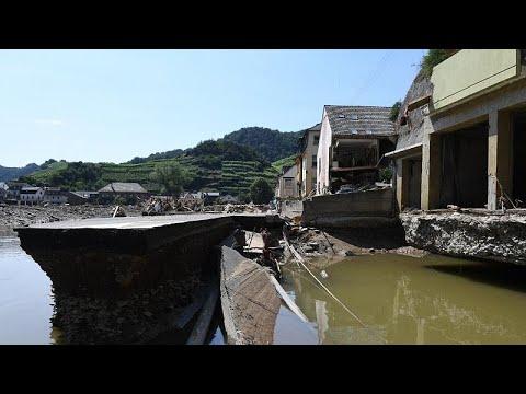 شاهد: صناع النبيذ الألمان يسعون لانتشال أعمالهم من تحت أنقاض الفيضان المدمر…  - نشر قبل 29 دقيقة