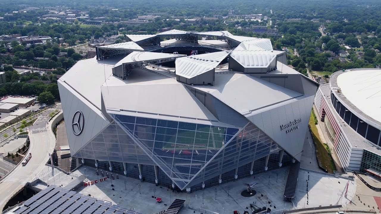 The Atlanta Falcons' Revolutionary New Stadium Is Unlike Any Other You've Seen - YouTube