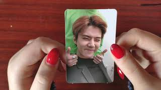 Unboxing Exo Love Shot 5th repackage album Love and Shot versions
