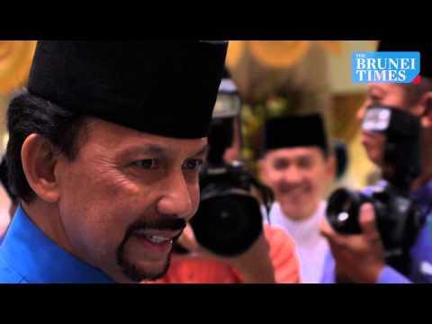 His Majesty leads Raya celebrations