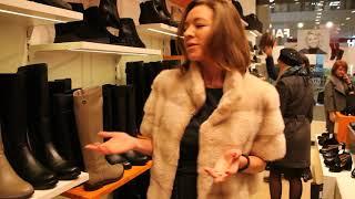 Актриса Серафима Низовская предпочитает комфортную обувь.