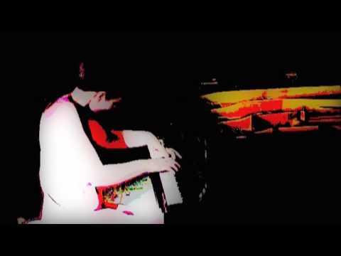 Catherine Leonard - Haydn Sonata in E Flat, (Allegro moderato)