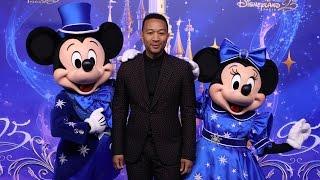 John Legend chante pour les 25 ans de Disneyland Paris