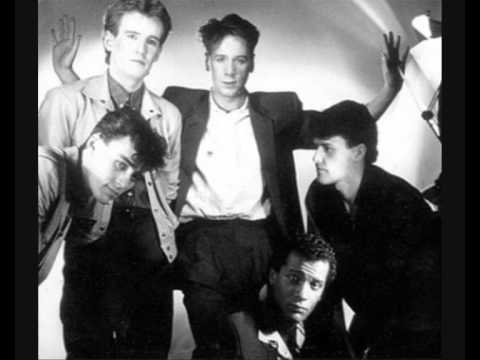 Simple Minds - Love Song