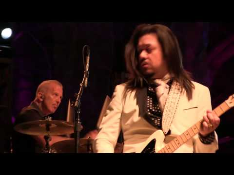 The Mavericks   Live At The Whitewater Amphitheater First Five Songs