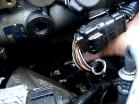 fuite pompe injection clio youtube