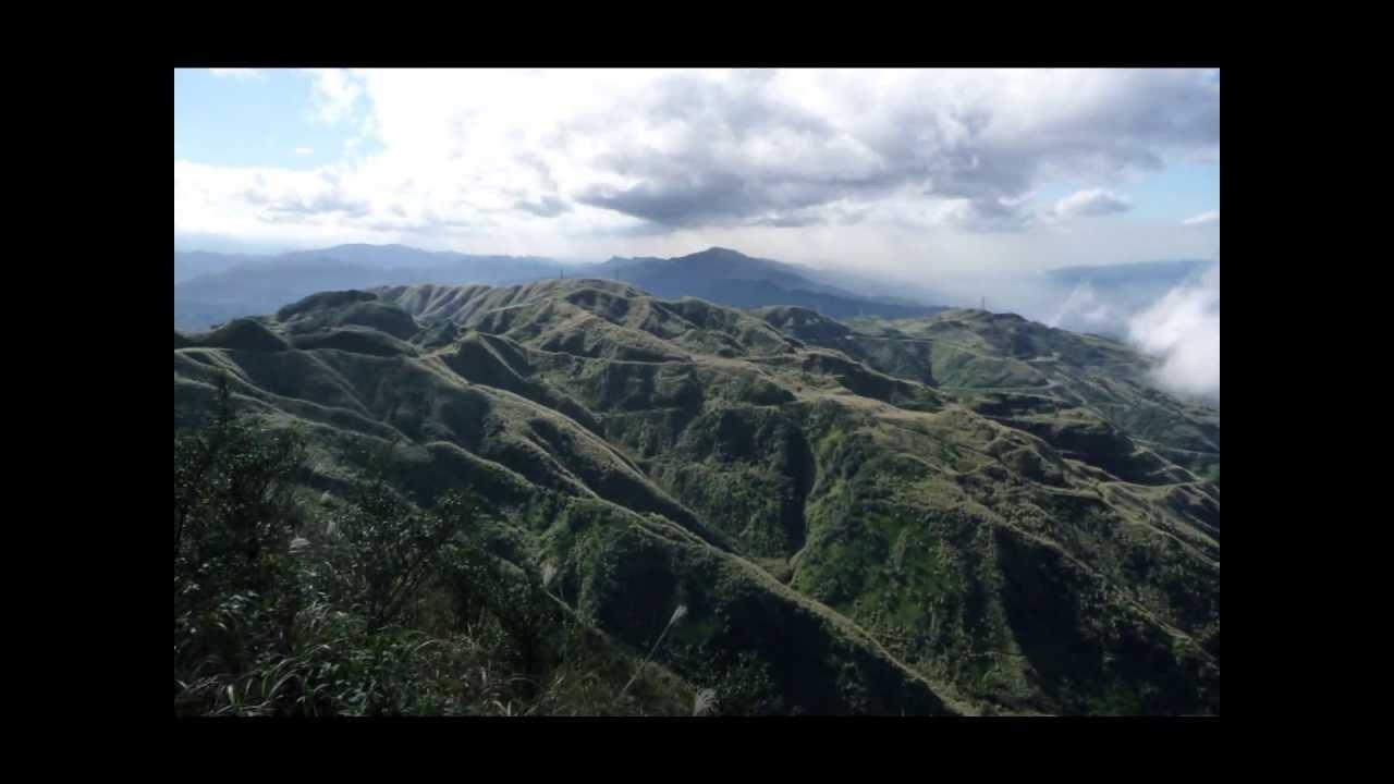 Taiwan Jiufen きゅうふん 金瓜石 九份 平溪路線 - YouTube
