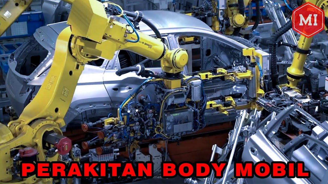 Perakitan Body Mobil Menggunakan Robot Canggih