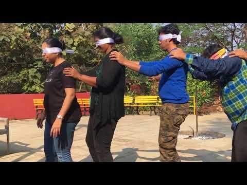 AMAZING TEAM BUILDING SNAKE GAME - Blindfold Communication.