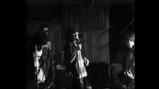 Now I Wanna Sniff Some Glue - The Ramones CBGB 1974