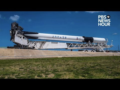 """WATCH LIVE: SpaceX launches the first """"Block 5"""" Falcon 9 rocket"""