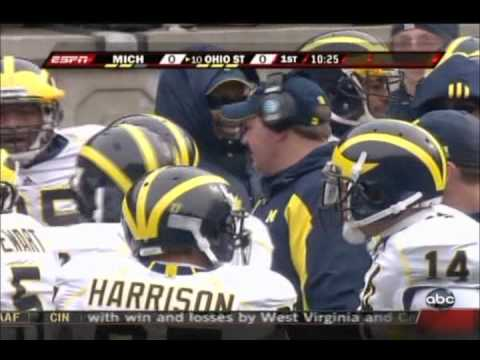 Peyton Manning and Jeff Saturday arguing on the sideline.mp4