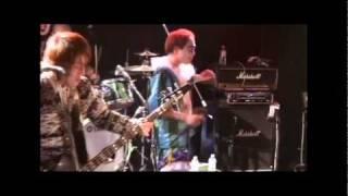 2008年発表「PUNCH! PUNCH! PUNCH!」収録。作詞:ニューロティカ/作曲...