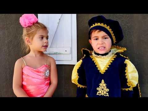 Игры для детей. Видео с игрушками. Сказка про Принцессу Элис: принц Микаил спасает ее от Зомби