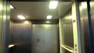 Talking Stannah Elevator @Nottingham Train Station, UK