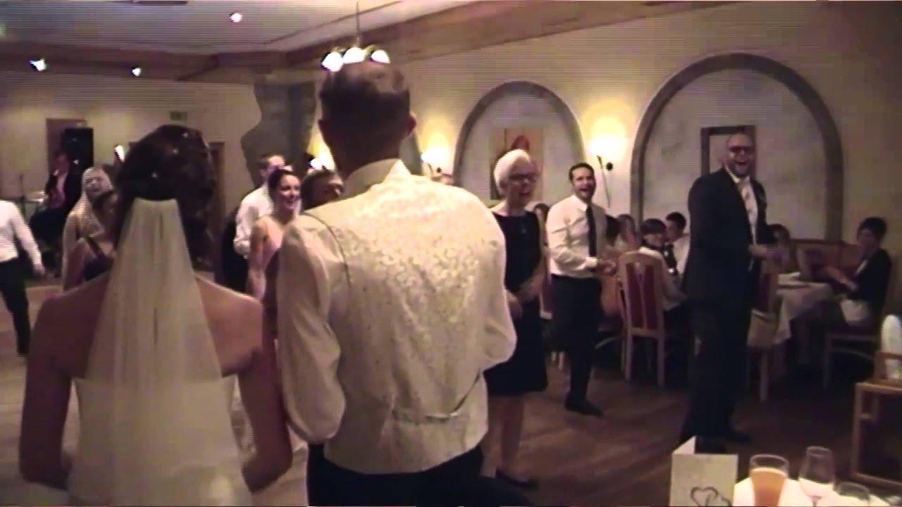 happy wedding flashmob