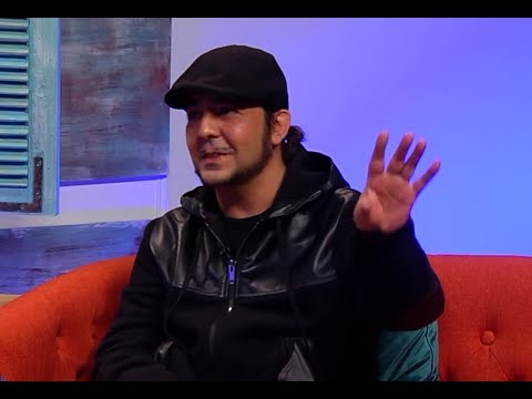 Daron Malakian talks about new Scars on Broadway music (2018)