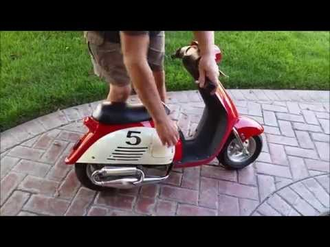 Thumbnail: Mini Vespa, Super Fun, Pocket Vespa, 35 mph