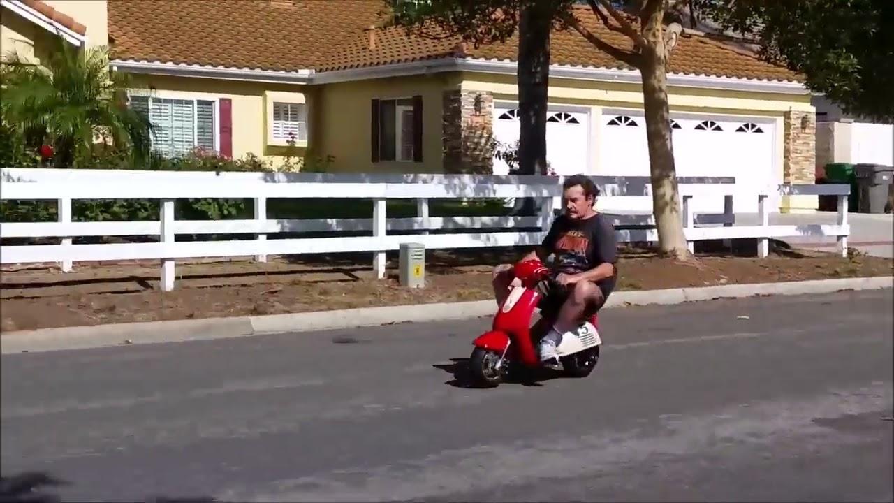 Mini Vespa Super Fun Pocket Vespa 35 mph  YouTube