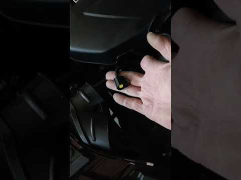 2016 Lincoln MKC Battery Replacement