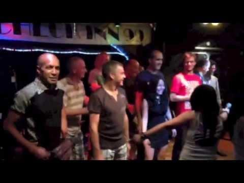 Having fun in Bangkok Club Check Inn 99 ... B2F & Music of the Heart