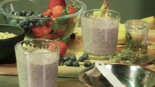 Cannabis Crunch Breakfast Smoothie Banana Berry Shake: Infused Eats #2