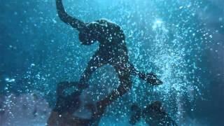 Смотреть клип Iamamiwhoami - Dive