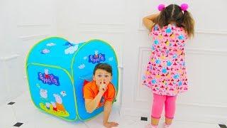 Адриана и волшебный игровой домик с подарками