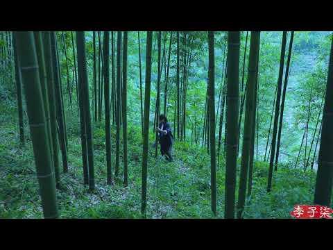 Gila!!! Ni Cewe Kreatif Banget...buat Peralatan Rumah Dari Bambu