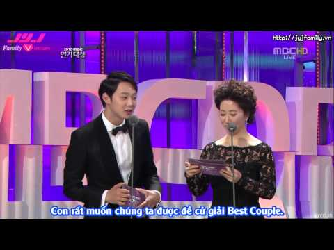 [VIETSUB] [30.12.2012] MBC Drama Awards - Yoochun presenting Top Male Excellence Award