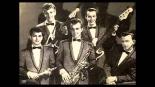 Oh, Du Lieber Augustin  -  Johnny And The Hurricanes