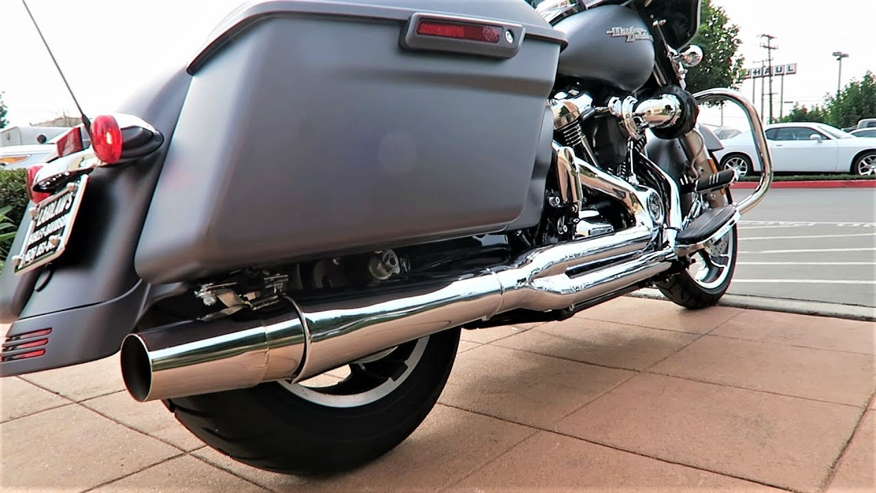 ThunderHeader Exhaust on a Milwaukee-Eight Stage IV
