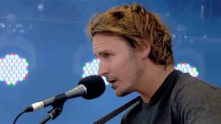 Ben Howard - Everything (Live at Isle Of Wight 2013)