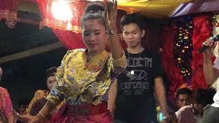 Tausog Pangalay (Young Sister)