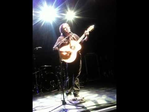 Coheed and Cambria live: VIP acoustic - Elm Street Lover Boy 08/11/2012