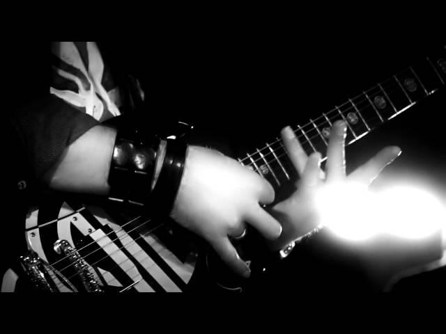 Massive Beat - Augen zu (Offizielles Musikvideo)
