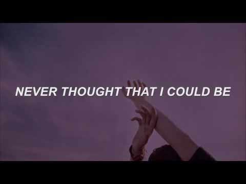 Happy - Marina and The Diamonds Lyrics