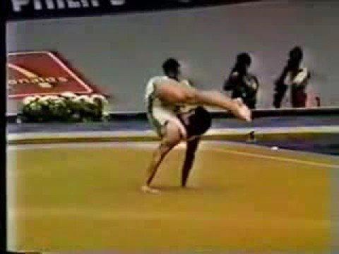 Vladimir Novikov - Stand Yoga