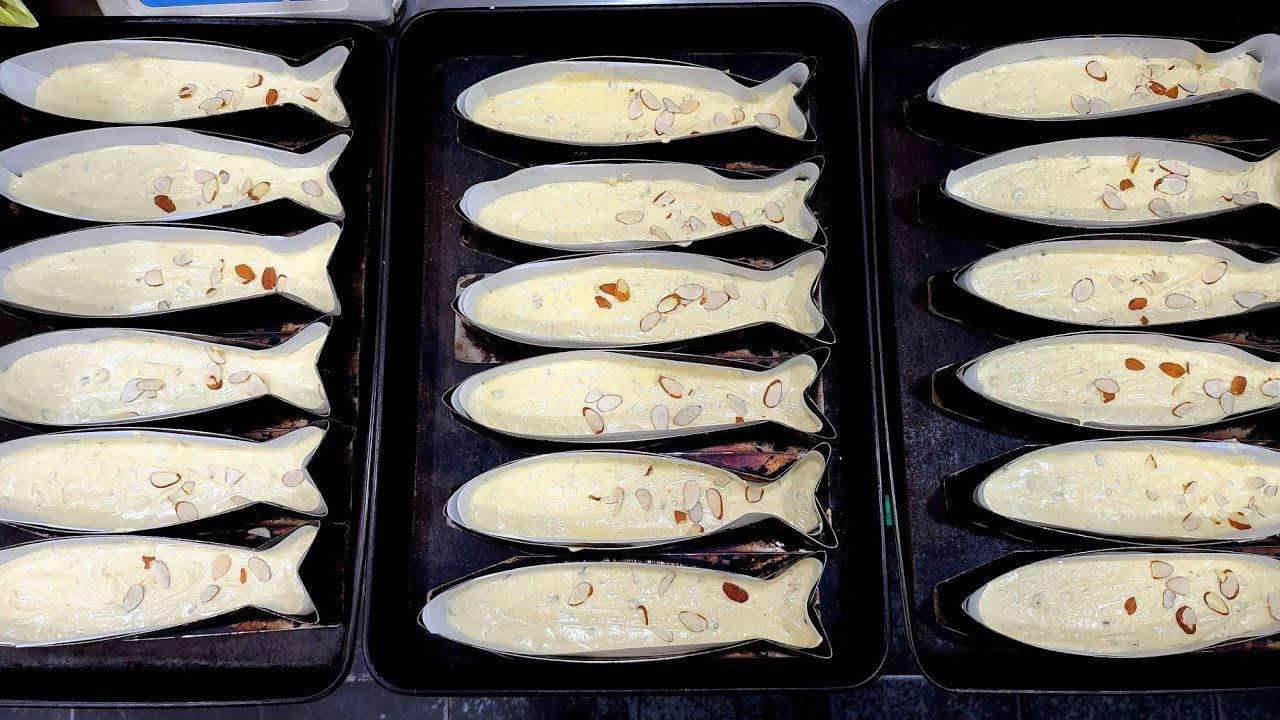Fish-shaped pound cake - Korean Street Food /부산 고등어빵을 아시나요?