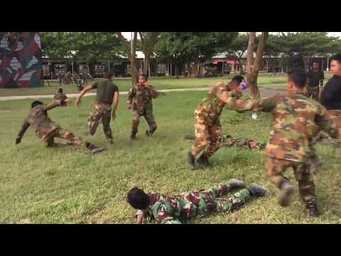 Amazing Army Fight Army BHQ In Cambodia Training Basic Fight 2 vS 8
