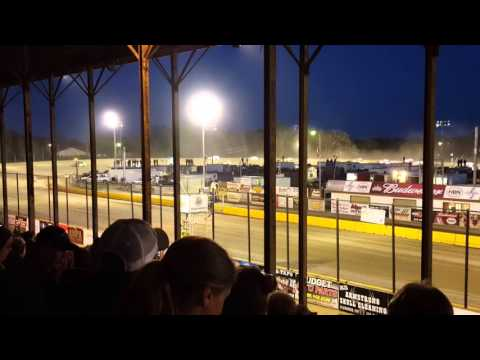 Opening race at viking speedway(3)