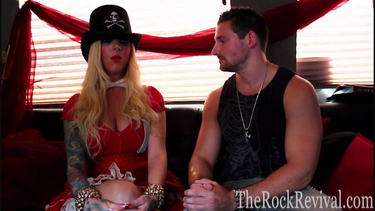 In this moment interview with maria brink at uproar - Maria brink pics ...