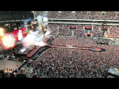 Coldplay - Warszawa - Opening + A Head Full Of Dreams - Stadion Narodowy